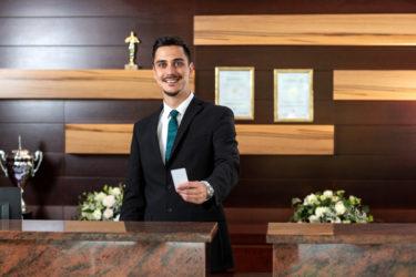 ドバイのホテルはアーリーチェックインできるのか?アーリーチェックインの追加料金を無料にする方法!