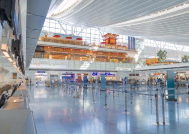 【世界ベスト空港2020】シンガポールチャンギ空港が8年連続1位。日本の羽田や成田のランキングは?