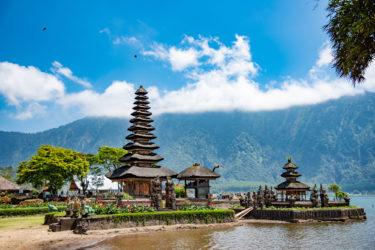 日本人が海外移住しやすい国「インドネシア」。移住のメリットやデメリット、永住権の取得について解説!