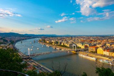 【新型コロナウィルス】ハンガリーで日本人観光客が集団感染か?15人の日本人が感染の疑いで隔離される?