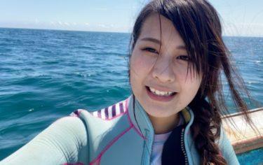 【ボンビーガール】風呂なし家賃1万円で暮らすドルフィンガイドの女性とは?能登島で暮らす「はたらきガール」森田茜さん26歳。